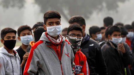 Put on your anti-smog mask first: AirAsia India gives passengers flying to Delhi pollution protection
