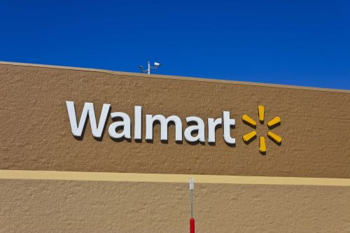 Walmart kicks off massive child car seat recycling program