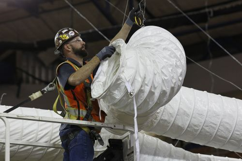 Opinion | 6 Feet Isn't Enough. Workers Need More Ventilation