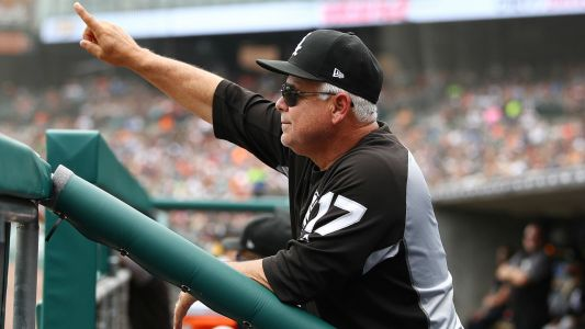 White Sox manager Rick Renteria hospitalized before game