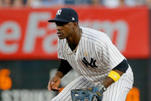 Mets land ex-Yankee Adeiny Hechavarria as infield help