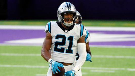 Panthers' Jeremy Chinn incredibly returns two fumbles for TDs on back-to-back plays