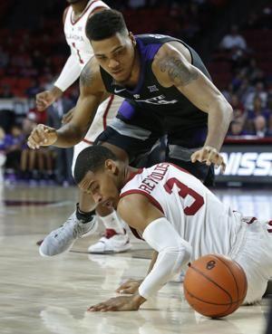 Brown and Wade lead Kansas State past No. 20 Oklahoma, 74-61
