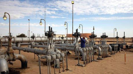 Libya's worn-out pipelines may give more relief to battered oil market
