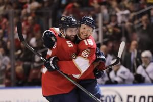 Bobrovsky stops 30 shots, Panthers beat Sharks 5-1
