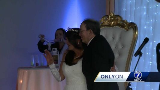 'It meant the world to my mom': Community helps give woman dream wedding