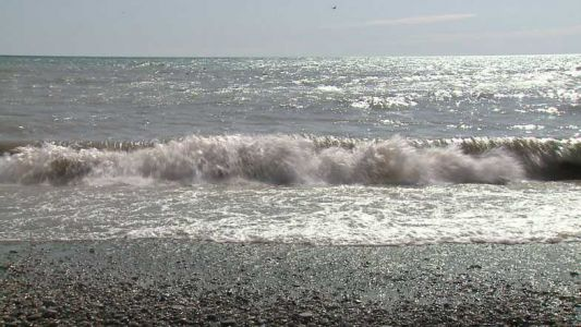 Waves reach dangerous levels at Wisconsin beaches