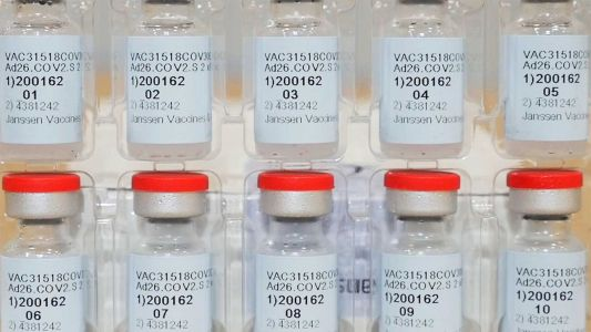 Officials seek to limit fallout after Detroit mayor initially declines Johnson & Johnson vaccine
