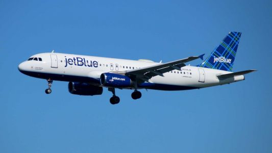 JetBlue suspends change, cancel fees for new reservations in wake of coronavirus