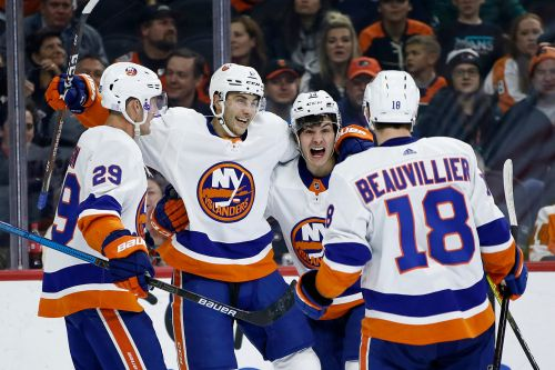 Rolling Islanders turn wild rally into shootout win