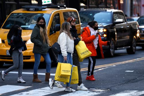 Retail spending unchanged in April even as more businesses reopened