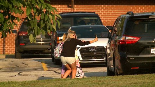 'They're all super excited': first day back for Bellevue Public Schools