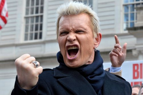 Billy Idol is helping de Blasio take on idling cars in new campaign