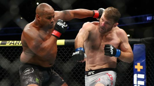 UFC 252 odds, prediction, betting preview for Stipe Miocic vs. Daniel Cormier 3 & full fight card