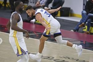 Curry scores 33, Warriors roll to 119-101 win over Cavaliers