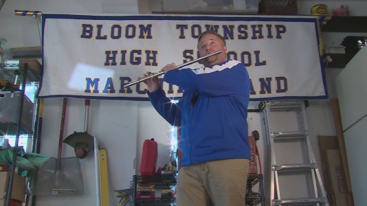 Suburban band teacher has students marching toward one goal - even though they are apart