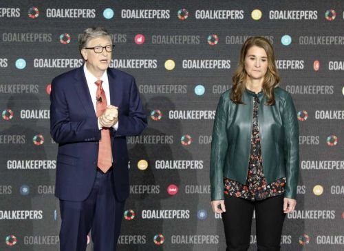 Bill Gates was investigated by Microsoft's board over alleged affair, report says