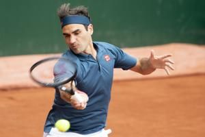 Federer loses comeback match to Andujar at Geneva Open
