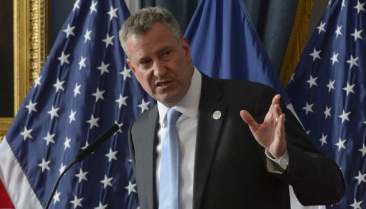 De Blasio: Trump's suggestion face masks are being stolen is 'insulting'