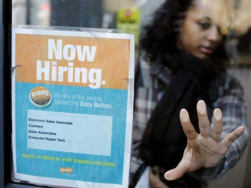 Here's how to avoid job scams this holiday season