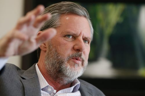 Falwell apologizes for unzipped pants photo: 'I'm gonna try to be a good boy'
