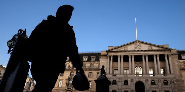 Bank of England boosts 2021 UK growth forecast to 7.25% in wake of successful vaccine rollout