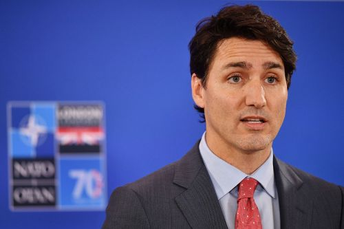 Trump's moves to hold medical supplies tip Trudeau to China
