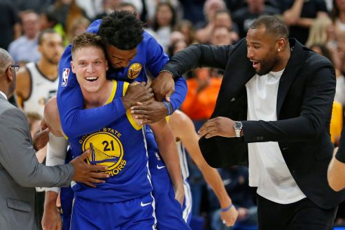 Warriors saved by Jazz castoff's tip-in before the buzzer