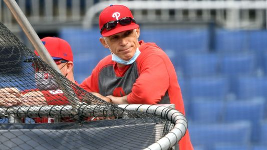 Phillies' Joe Girardi gets testy with reporters after heated dugout debate with Jean Segura