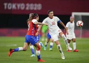 Beckie scores 2, Canada downs Chile 2-1 in women's soccer