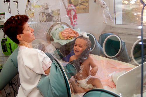 Babies with 'bubble boy' disease cured with HIV treatment: study