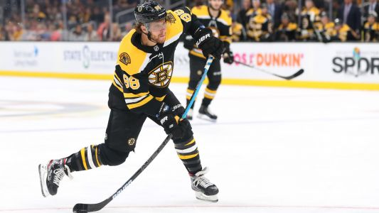 Boston Bruins' David Pastrnak has field day, nets four vs. Anaheim