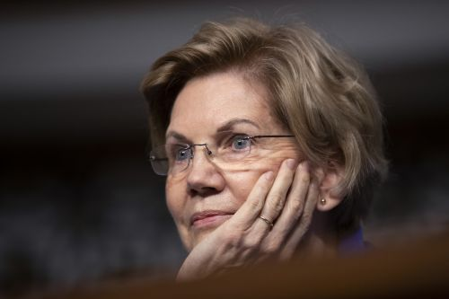 Warren warns of 'coming economic crash'