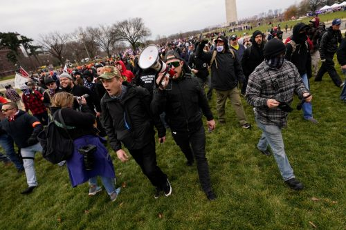 Prosecutors fill in details of Proud Boys assault on Capitol