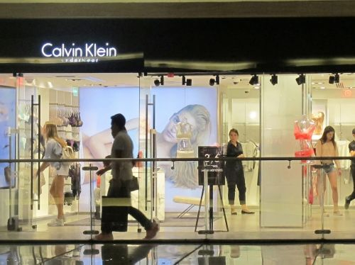 'It's demoralizing:' Employees at the company that makes Calvin Klein and Guess jeans describe lax mask regulations, faulty temperature checks, and more COVID-19 cases as their return to office continues