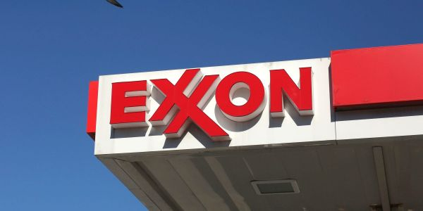 Exxon slides 6% after SEC launches investigation into the oil giant's asset valuations