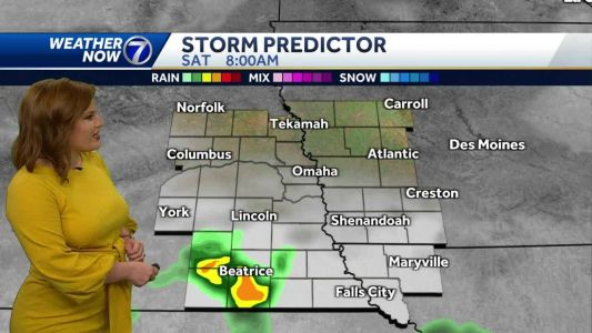 Mild & mostly dry Saturday, showers and storms return Sunday