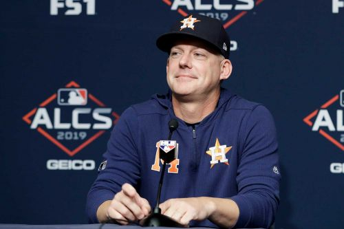 Astros' A.J. Hinch responds to sign-stealing accusations: 'It's a joke'