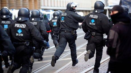 WATCH clashes break out in Germany after rally against Covid-19 lockdown canceled last minute