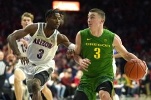 No. 14 Oregon rallies to beat No. 24 Arizona 73-72 in OT