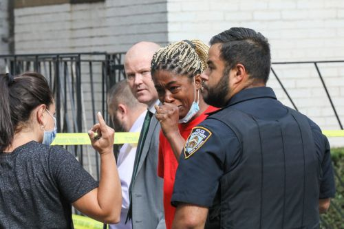 Brooklyn man shot to death outside of apartment building in Flatbush