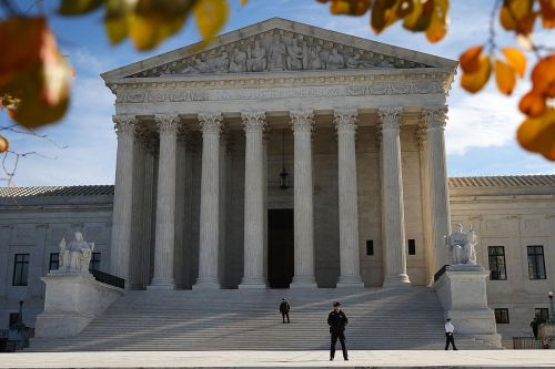 Supreme Court to review challenge to consumer bureau structure