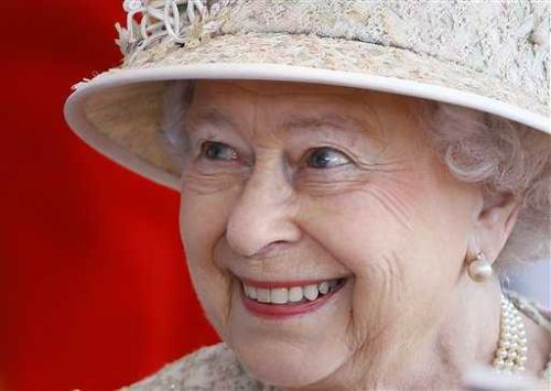 Queen Elizabeth cancels trip, accepts medical advice to rest