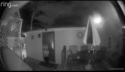 CAUGHT ON CAM: Thief breaks into - and out of - garage