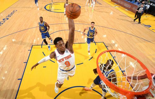 Knicks whack Warriors to move to .500