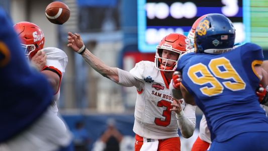Sam Houston State wins thriller vs. South Dakota State for first FCS championship