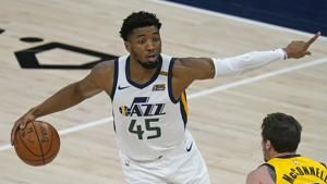 Jazz guard Donovan Mitchell sprains right ankle vs Pacers