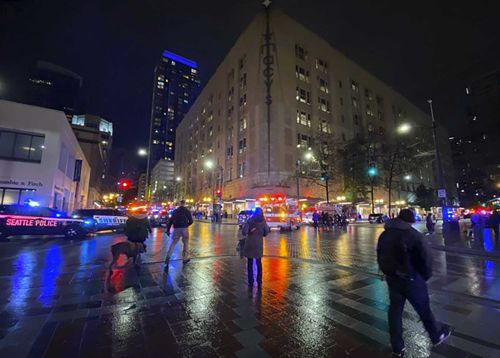 Police: 1 dead, 7 wounded in downtown Seattle shooting