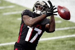 Falcons WR Zaccheaus lands on IR, Treadwell off COVID list