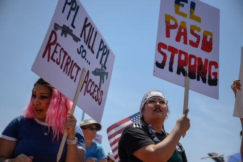 'Do Something!' Trump Met With Raw Anger and Pain During Dayton and El Paso Visits